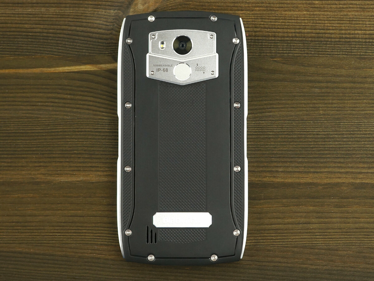 Сверхпрочный смартфон blackview BV7000 Pro