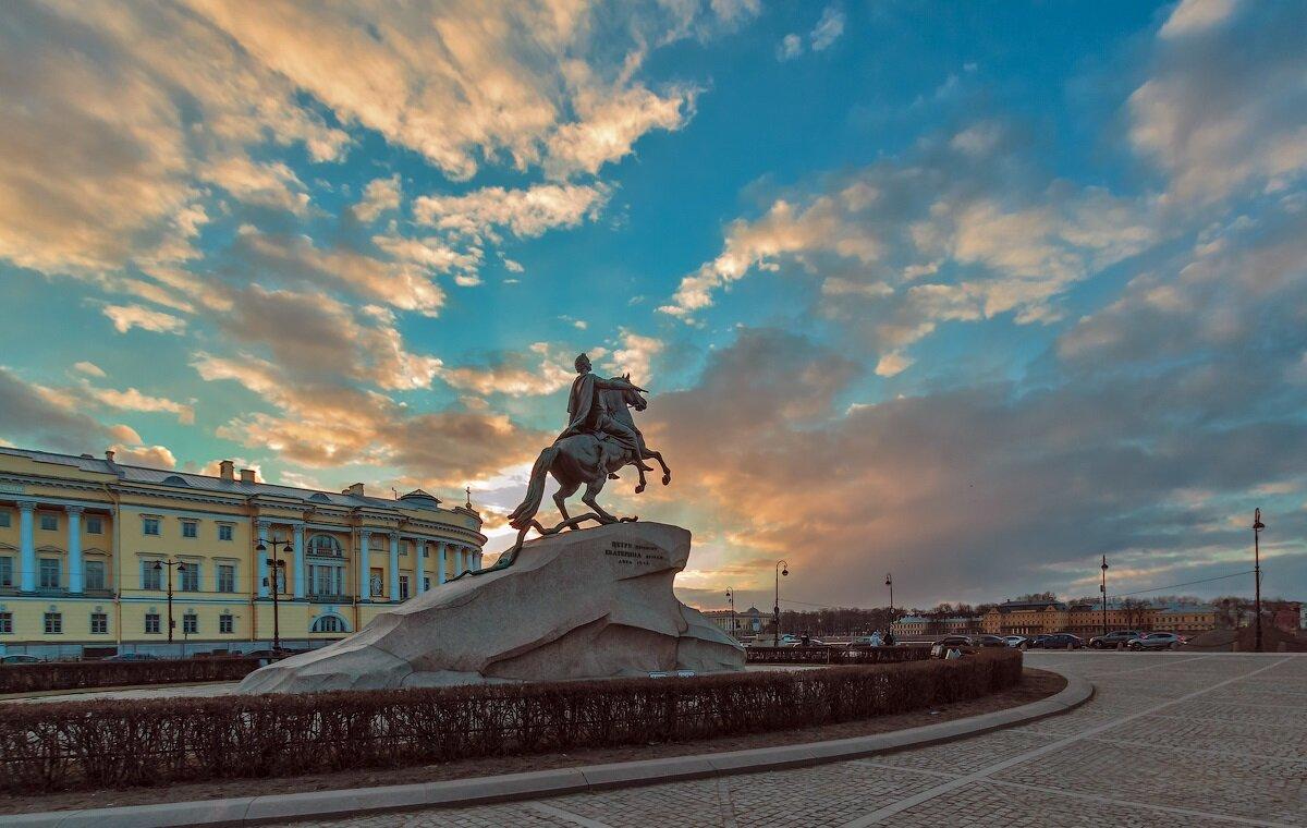 медный всадник в санкт петербурге картинки славиться своими многочисленными