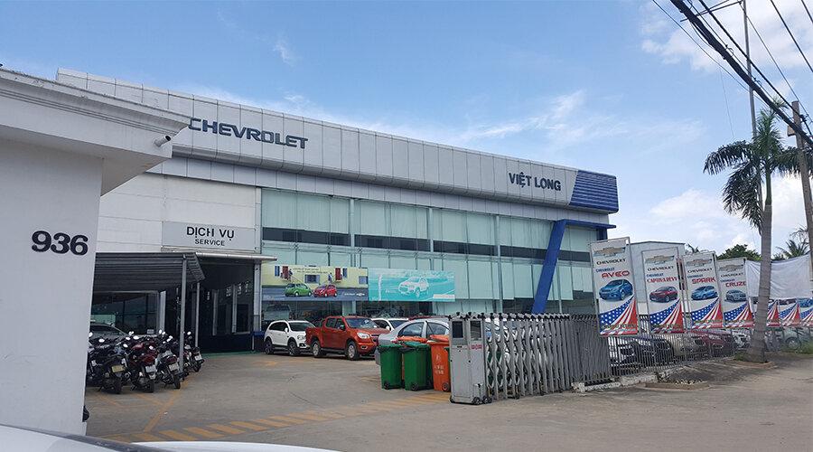 CHEVROLET VIỆT LONG - CHEVROLET QUẬN 12 - CHEVROLET TPHCM  Là đại lý 3S tiêu chuẩn của Chevrolet Việt Nam, nằm tại Số 936 Quốc Lộ 1A, Phường Thạnh Xuân, Quận 12, TP.HCM. Được thiết kế hiện đại và sang trọng nhất Sài Gòn.  👉 Xem thêm tại đây: https://dailyxe.com.vn/showroom/dai-ly-chevrolet-viet-long-quan-12-tphcm-11h.html  Chevrolet Quận 12 được xây dựng trên diện tích 4.900 m2, nằm ngay mặt tiền Đường Xuyên Á (Quốc Lộ 1A), Trung Tâm Quận 12 với vị trí thuận lợi giao với Thủ Đức, Bình Dương, Hóc Môn, Củ Chi, Long An, Gò Vấp, Bình Tân, Bình Thạnh. Hãy đến Chevrolet Việt Long để trải nghiệm dịch vụ tốt nhất trong các hệ thống đại lý Chevrolet tại TP.HCM  👉 Xem tiếp tại đây: https://trello.com/c/KfFZJi1u/3-chevrolet-viet-long-chevrolet-quan-12  Chevrolet Việt Long sở hữu hơn 80 nhân viên được đào tạo bài bản, chuyên nghiệp cộng với kinh nghiệm làm việc thực tế dày dặn. Vì vậy, Chevrolet Việt Long cam kết sẽ đảm bảo đem lại cho khách hàng các sản phẩm và dịch vụ tốt nhất trong khu vực.  👉 Xem hình ảnh tại đây: https://twitter.com/giachevrolet/status/1077862904701972485  Khu vực xưởng dịch vụ sửa chữa Chevrolet Việt Long được đầu tư diện tích lớn và rộng rãi bao gồm: phòng chờ khang trang, khu vực sửa chữa thân vỏ, máy chuẩn đoán, máy kiểm tra bình điện, phòng sơn nhanh.  👉 Xem ngay: https://www.scoop.it/t/gia-xe-chevrolet-colorado-mua-xe-chevrolet-colorado-tra-gop/p/4104267244/2018/12/26/chevrolet-viet-long-chevrolet-quan-12-chevrolet-tphcm  Chevrolet Việt Long hỗ trợ mua xe trả góp qua Ngân hàng kể cả cho thuê Tài chính với lãi suất thấp nhất, chỉ cần trả trước 10-20% giá trị xe, không cần thế chấp, không cần chứng minh thu nhập, vay tối đa 7-8 năm, thủ tục đơn giản (kể cả khách hàng ở Tỉnh), giải quyết hồ sơ vay trong vòng 24h.  👉 Xem tiếp: https://www.reddit.com/user/dailyxechevrolet/comments/a9ng6j/chevrolet_viet_long_chevrolet_quan_12_chevrolet/
