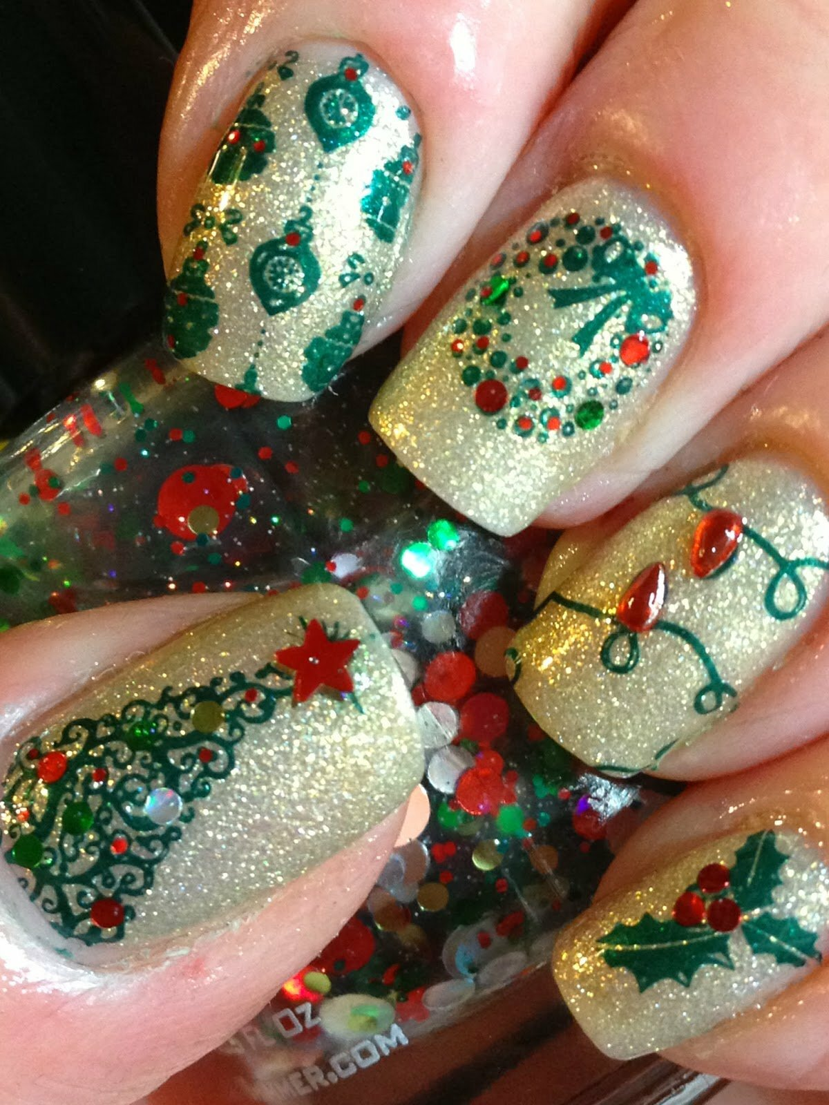 мир дизайн ногтей для нового года фото некоторое