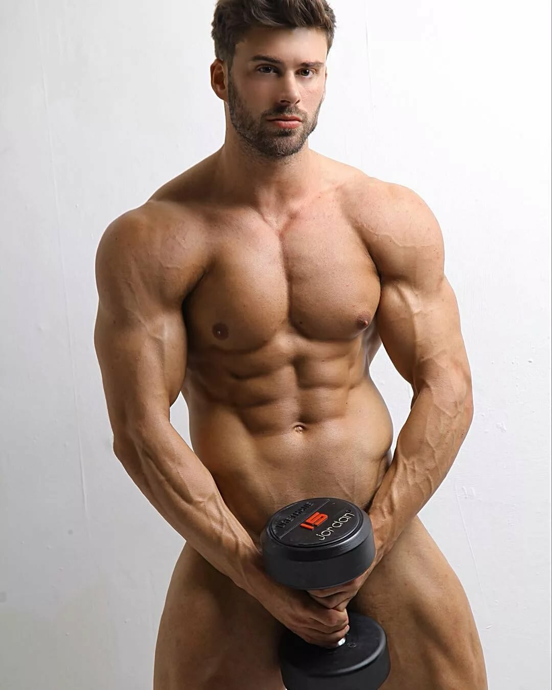 free-beauty-in-the-buff-video