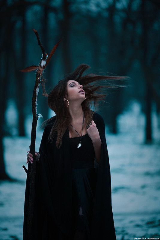 фотосессия в стиле ведьмочки куракинской богадельни представляют