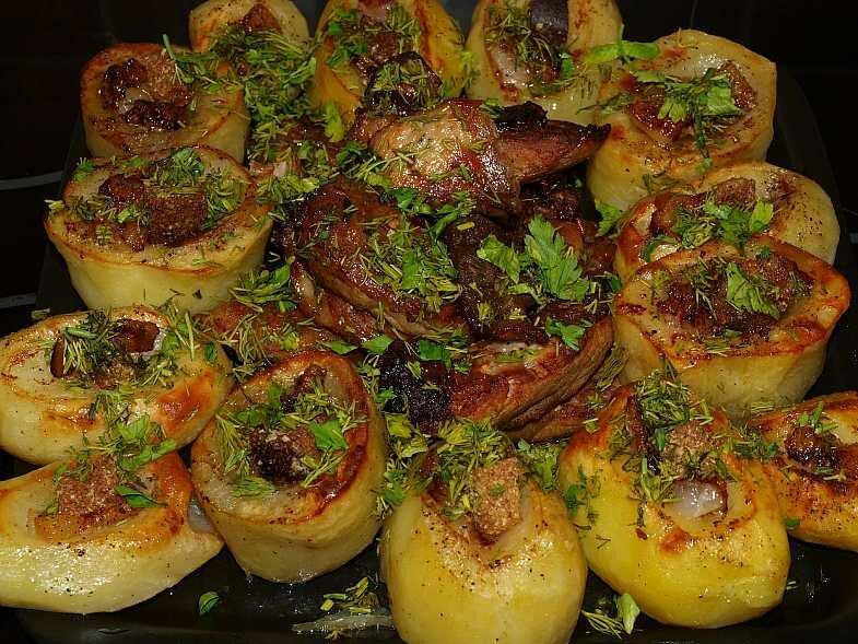 Картинки картошка в духовке с мясом