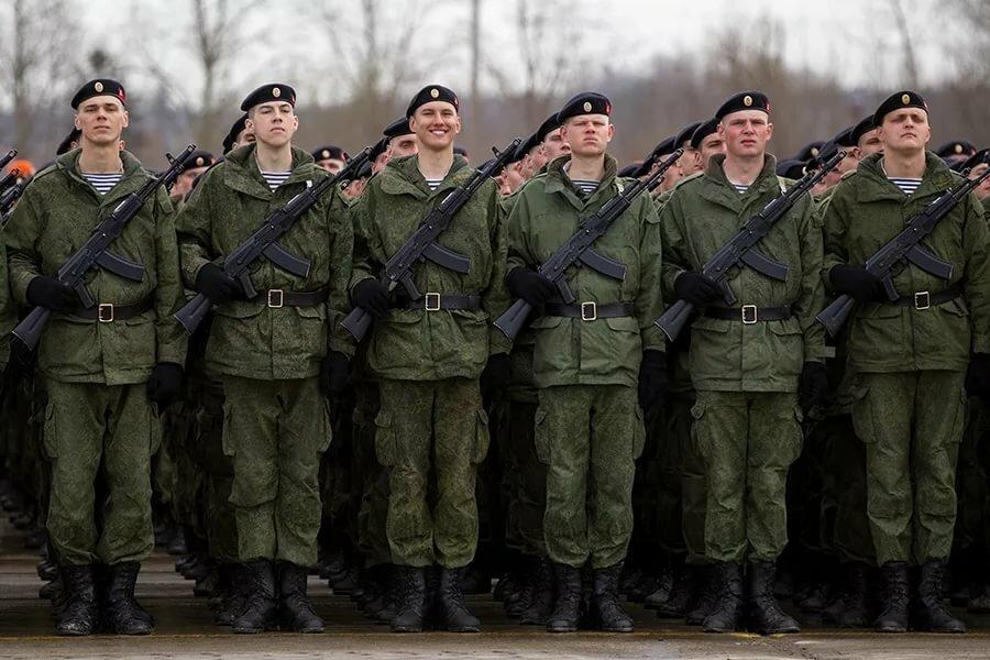 вот картинка военный строй главный самый мощный