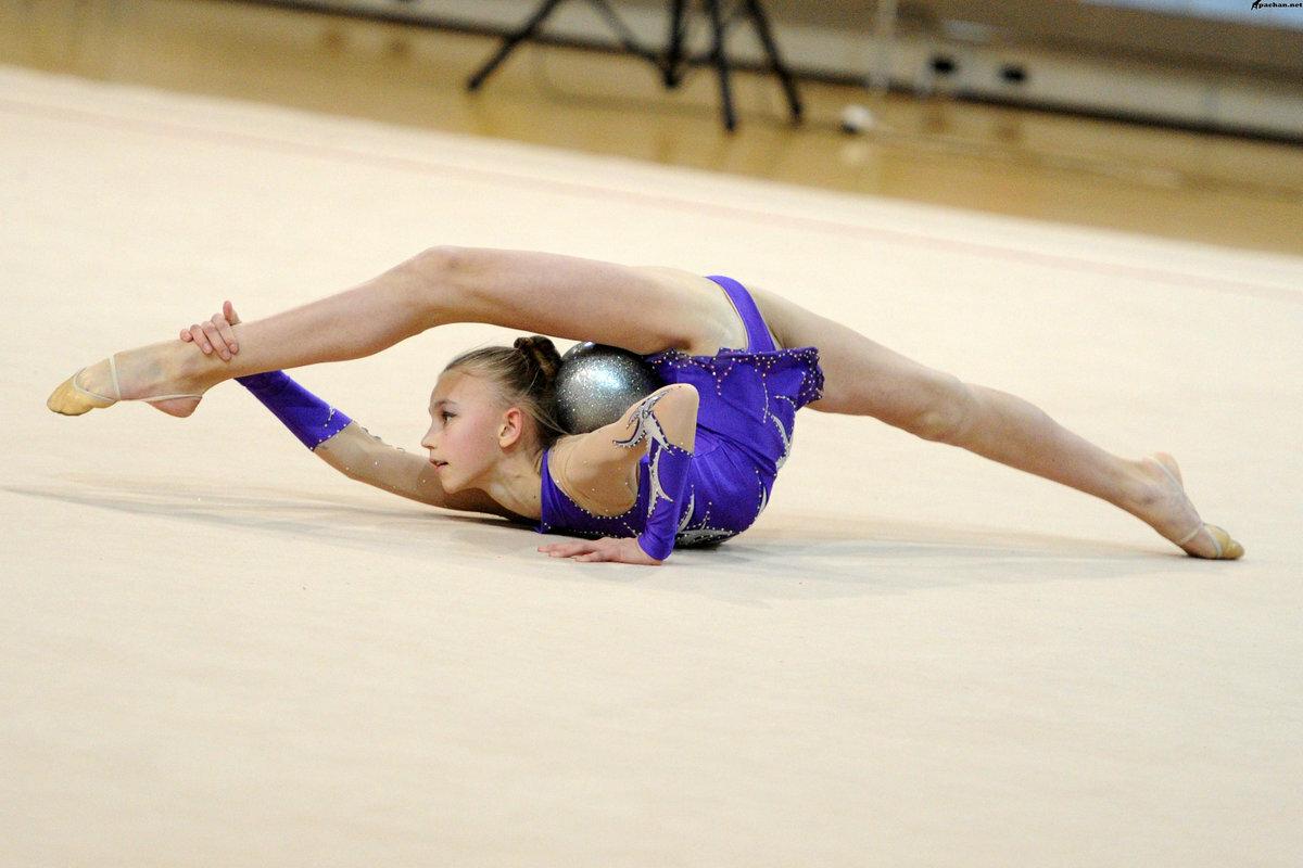 Стройная гимнастка фото бразильское подборки девку