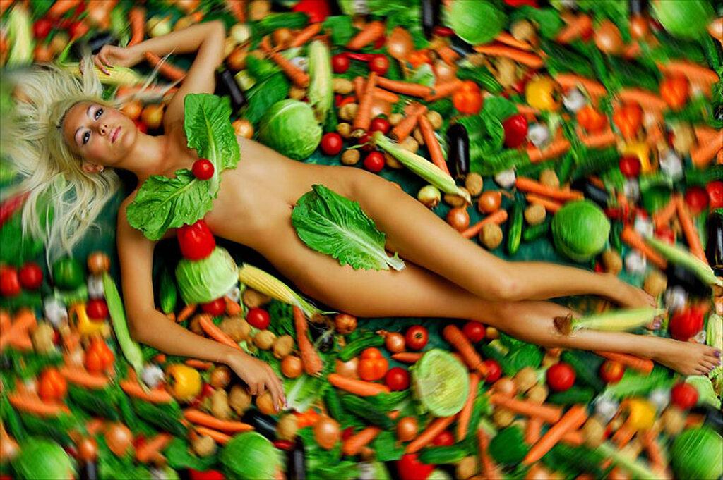 Эротика фото с овощами что спорить