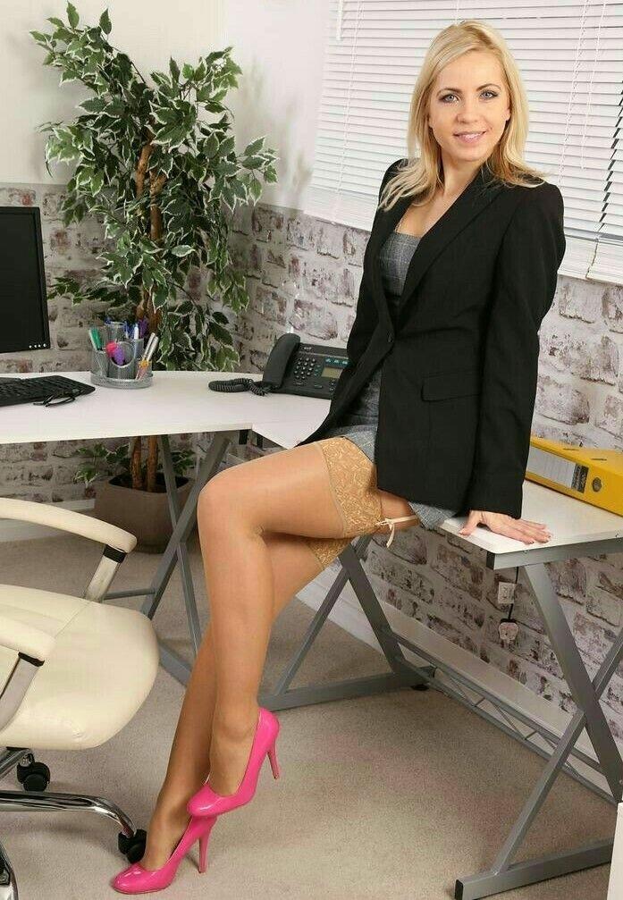 Порно курортный шикарный оргазм начальницы фото девушек