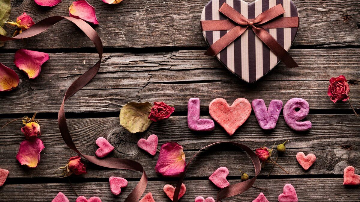 Романтичные открытки с надписями, поздравлениями
