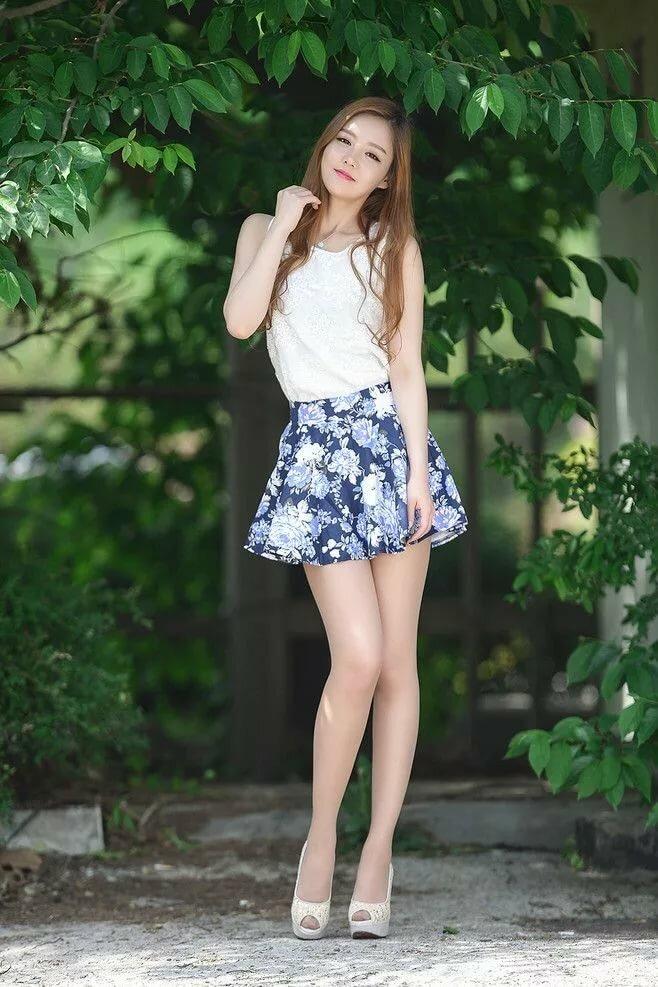 Skinned women young teens in mini skirts tube teen