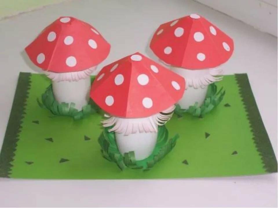 которые гриб из цветной бумаги пакри