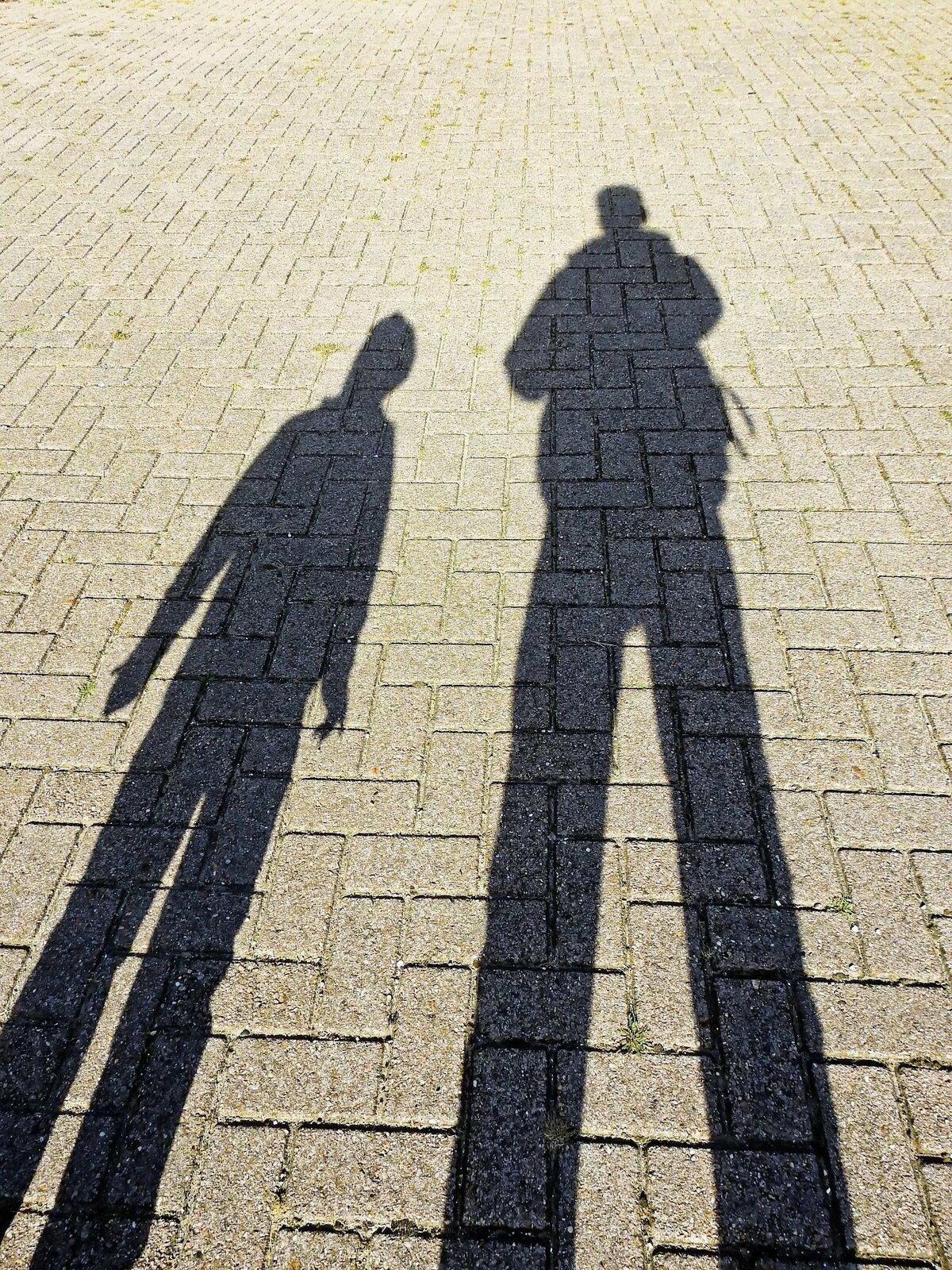 Картинки с человеком и его тенью