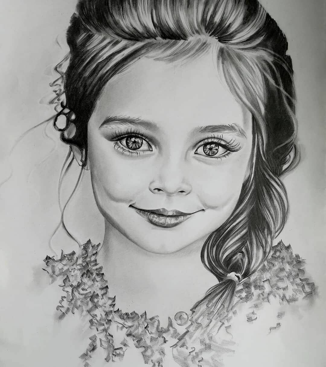 Портреты девочек карандашом картинки