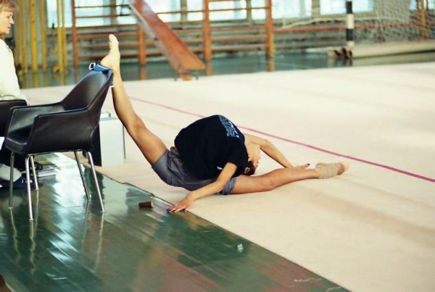 Гимнастика связанная фото