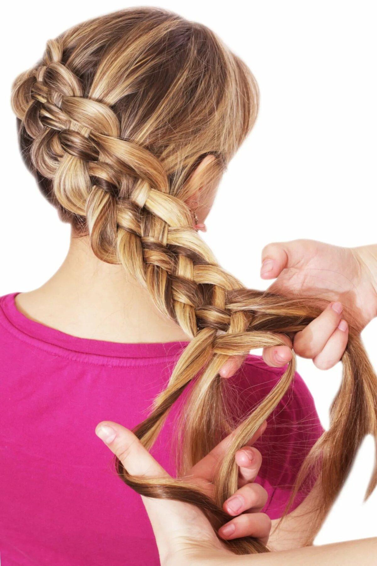 Коса с пяти прядей картинка