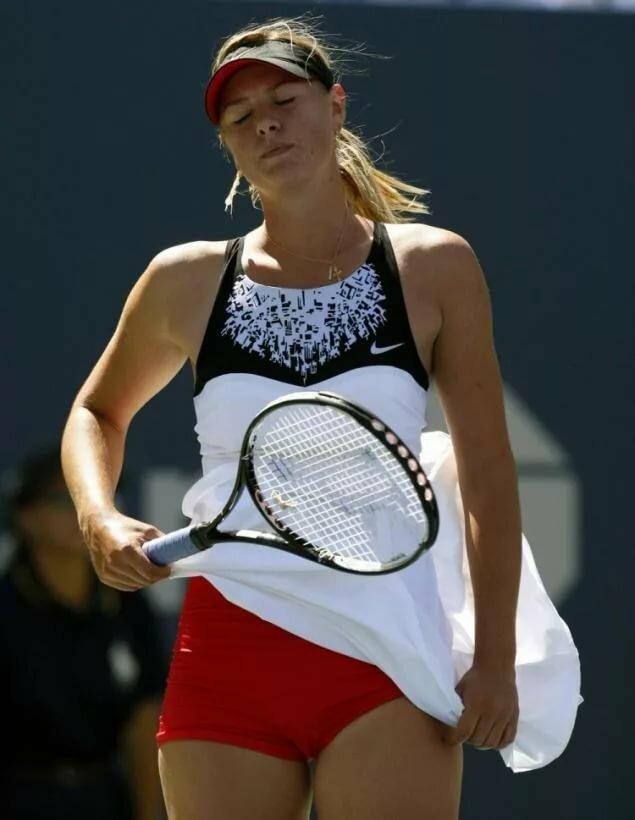 Теннисистка под юбкой — pic 5