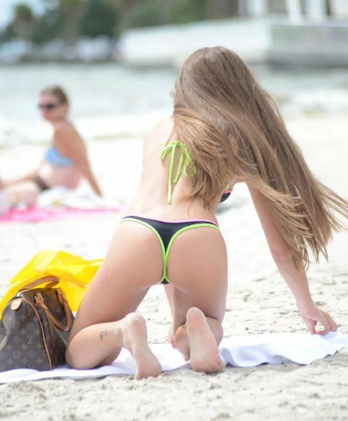 nudehousewife-preganant-really-young-girls-in-thongs-girl