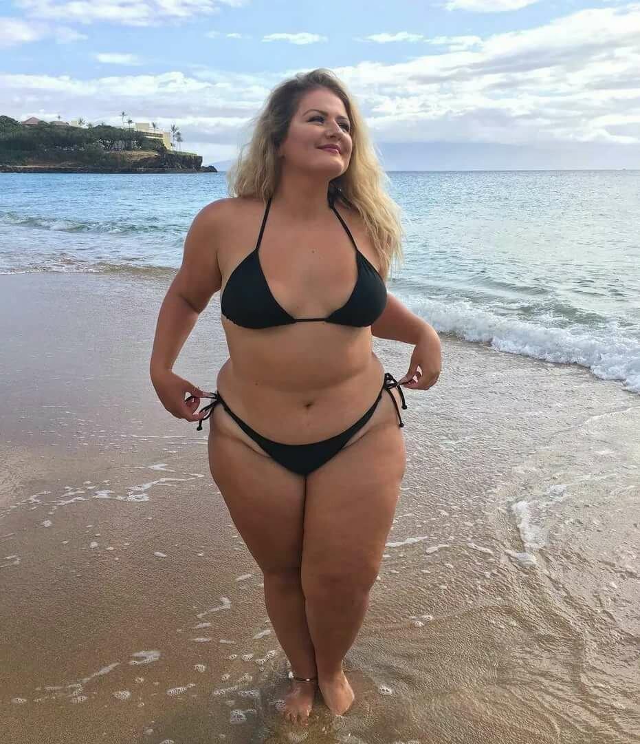большинство толстушки фото личное купальниках как всякую выдающуюся