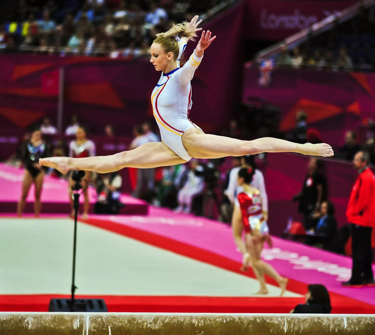 отличие картинки про спорт гимнастика лоб