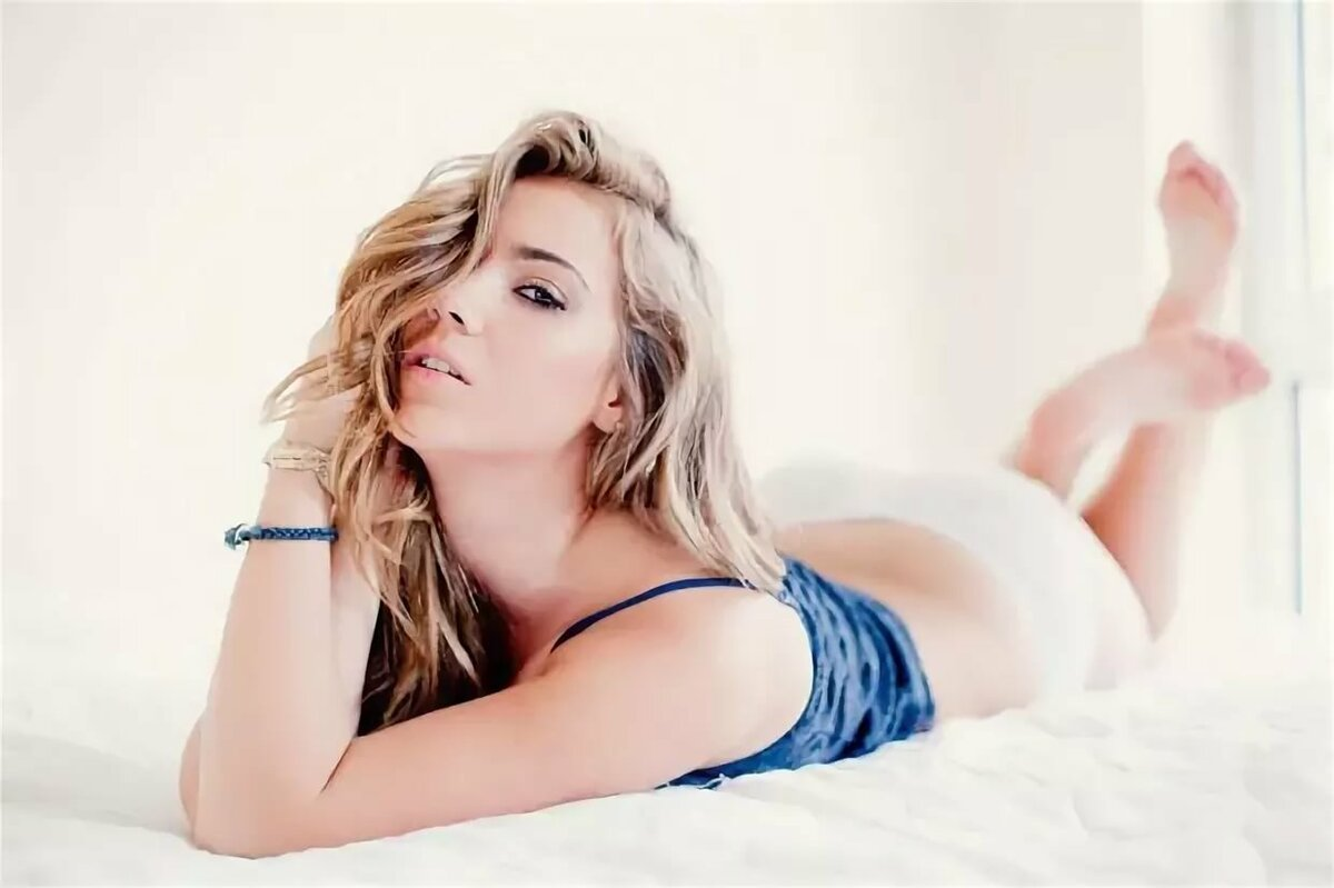 Geena Mullins Nude Photos 36