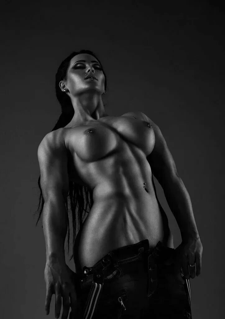 Muscle female erotic