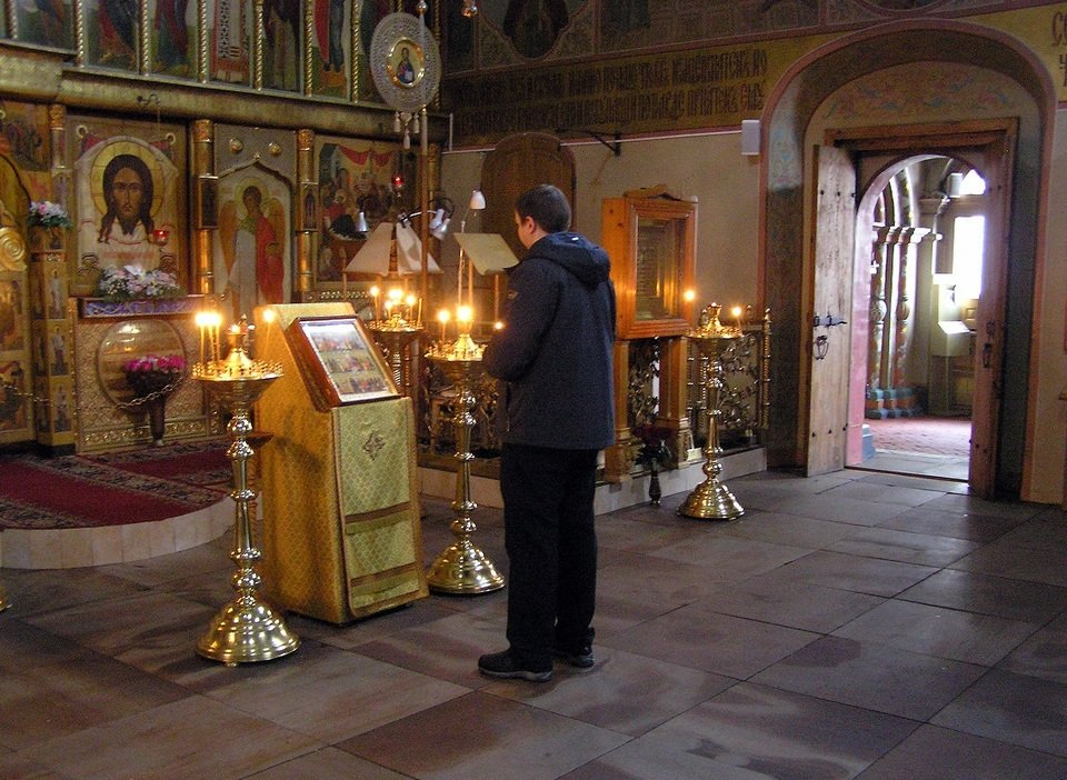 Картинки молящихся в церкви