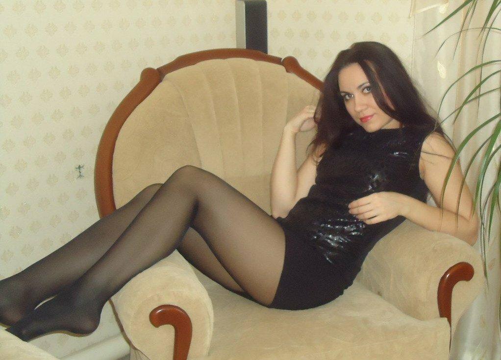 krasotki-v-chulkah-chastnoe-foto