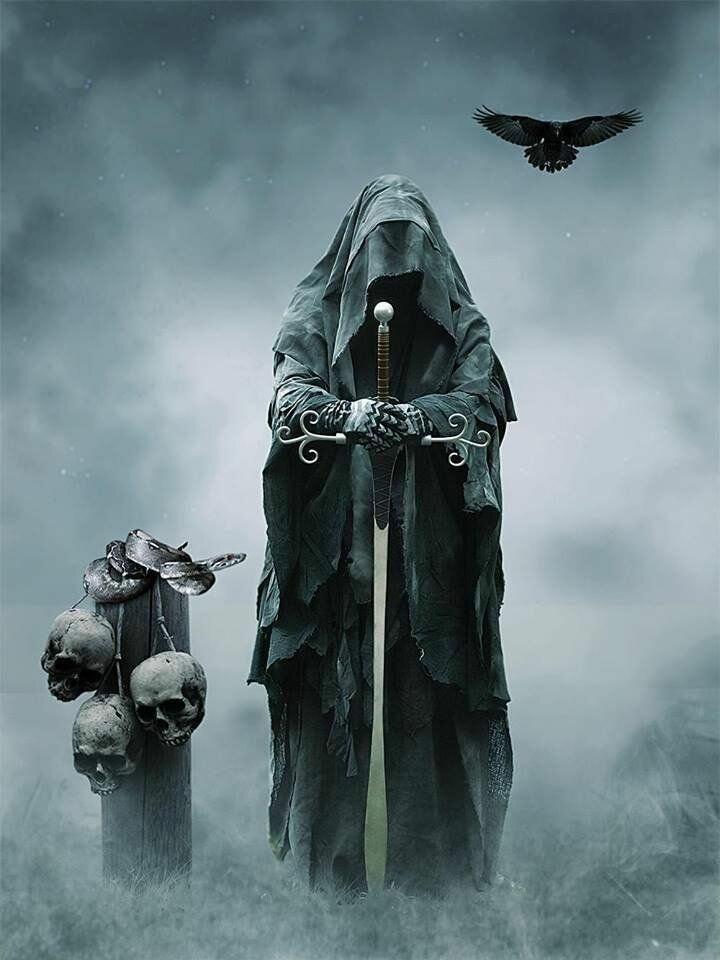 человек картинки готика монахи жаль