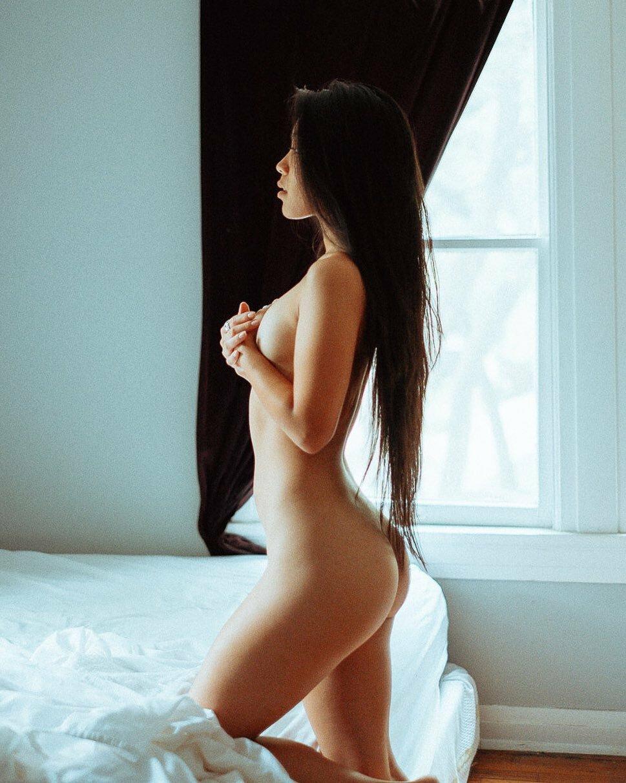 видел, как фотосессии длинные голых девушка нас