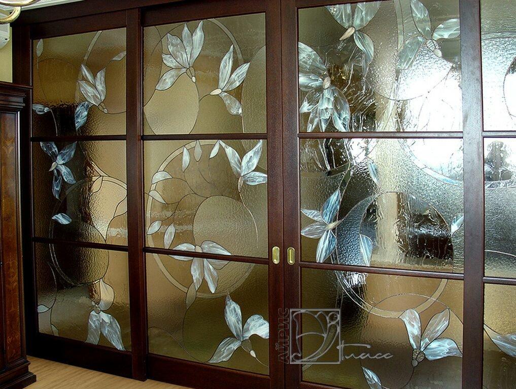 янтарный фото наклеить на стекло если