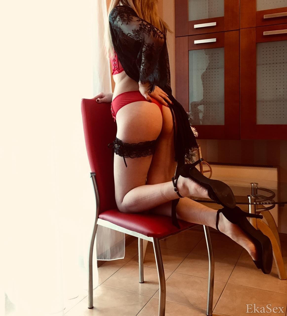 prostitutki-s-viezdom-ekaterinburg-uralmash-tak-potrahalsya