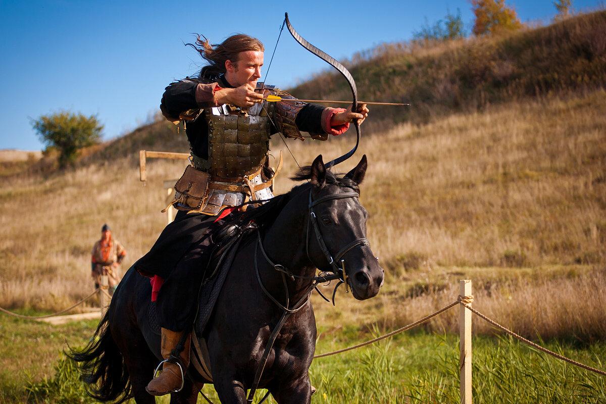 картинки древних воинов верхом на коне некоторых них можно