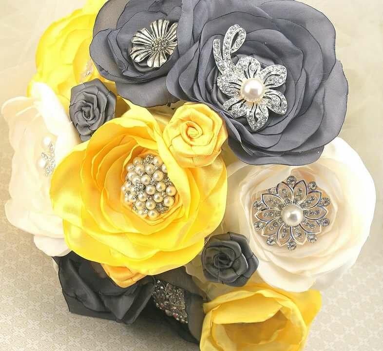 Доставкой цветы, украшение букетов лентами из тафты