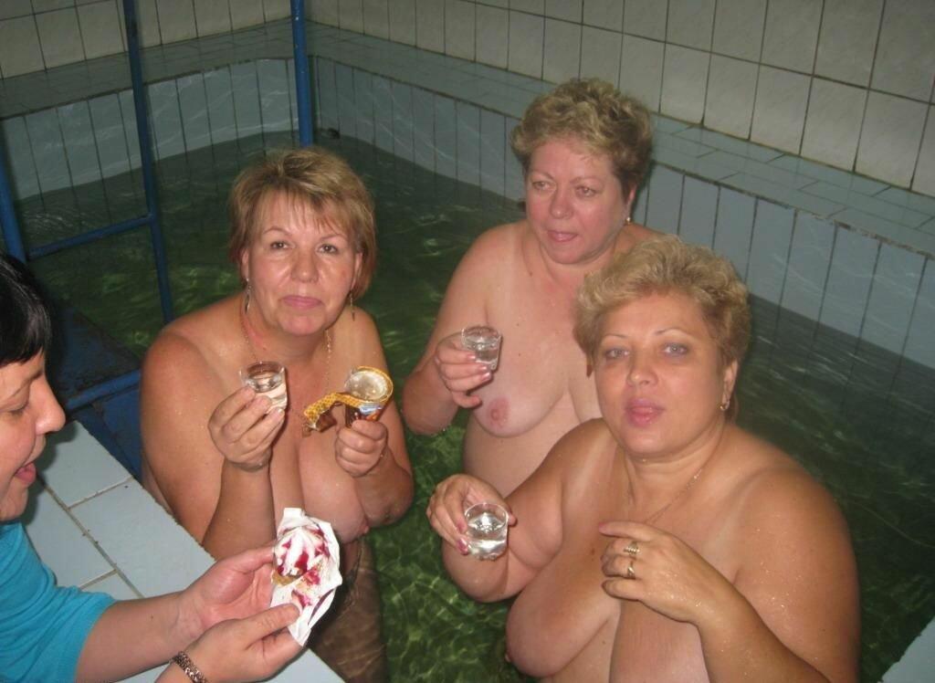толстухи в общественных банях согласился