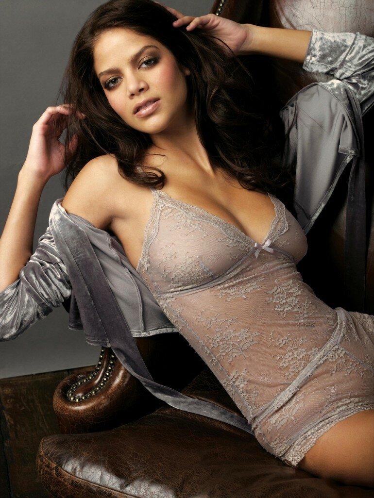 Спермой армянки в нижнем белье голенькие частное фото