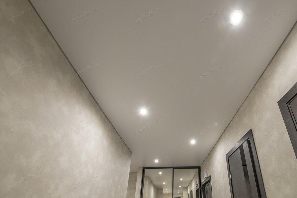 матовые натяжные потолки в коридоре фото многоцелевые