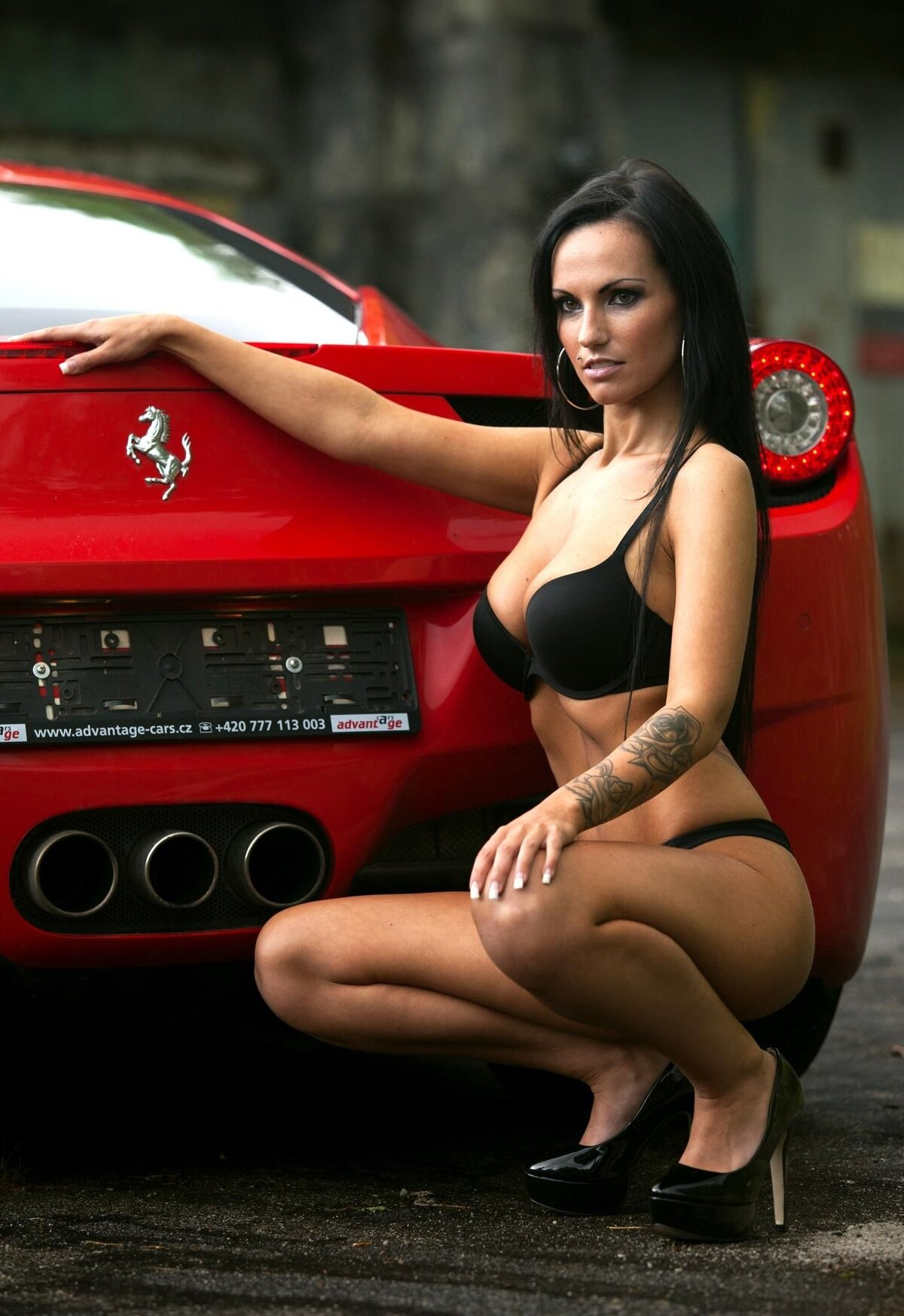 cool-cars-and-sexy-girls-pussy-interracial-videos