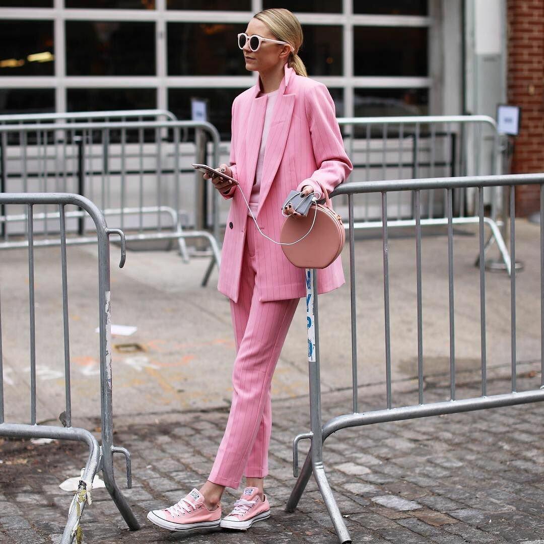 Модные картинки розового цвета