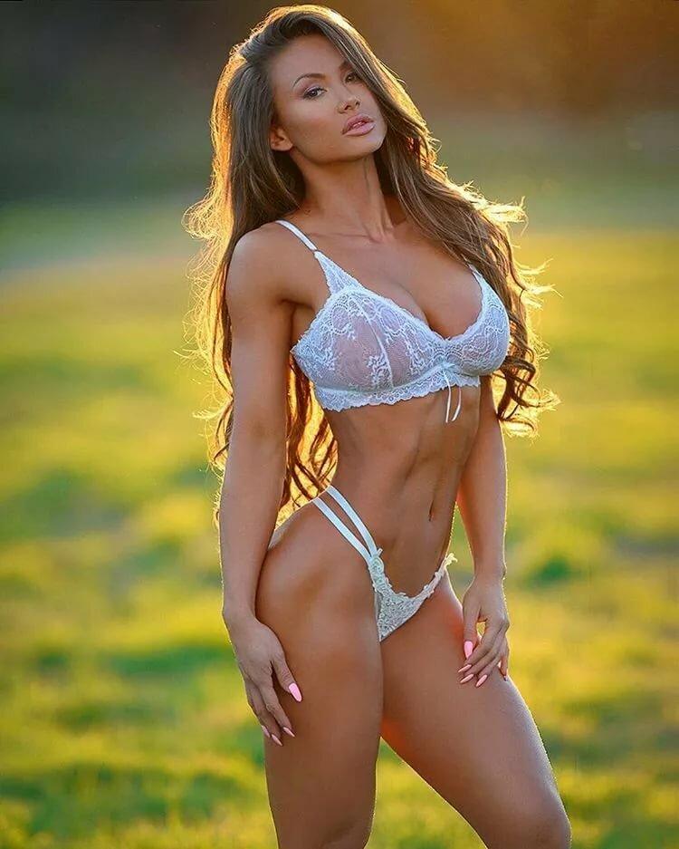 fitnes-modeli-grudastie
