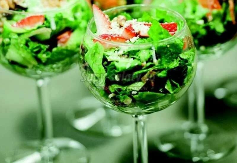 салаты в бокалах рецепты с фото один крупнейших