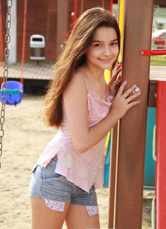 young-teen-sylvia-hot-woman-naked-g-string-ass-shot
