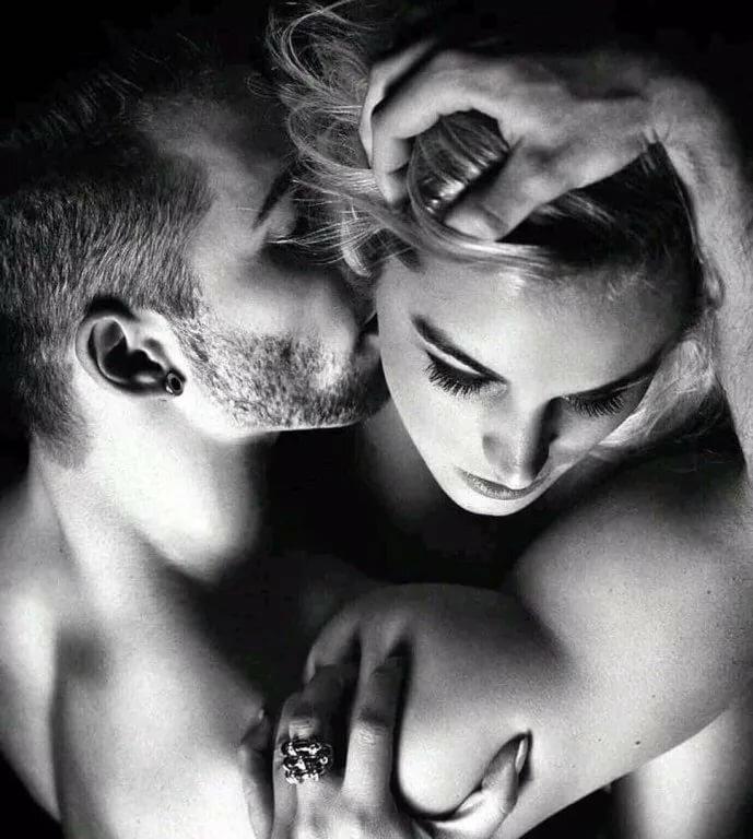 Черно белые картинки любовь страсть нежность