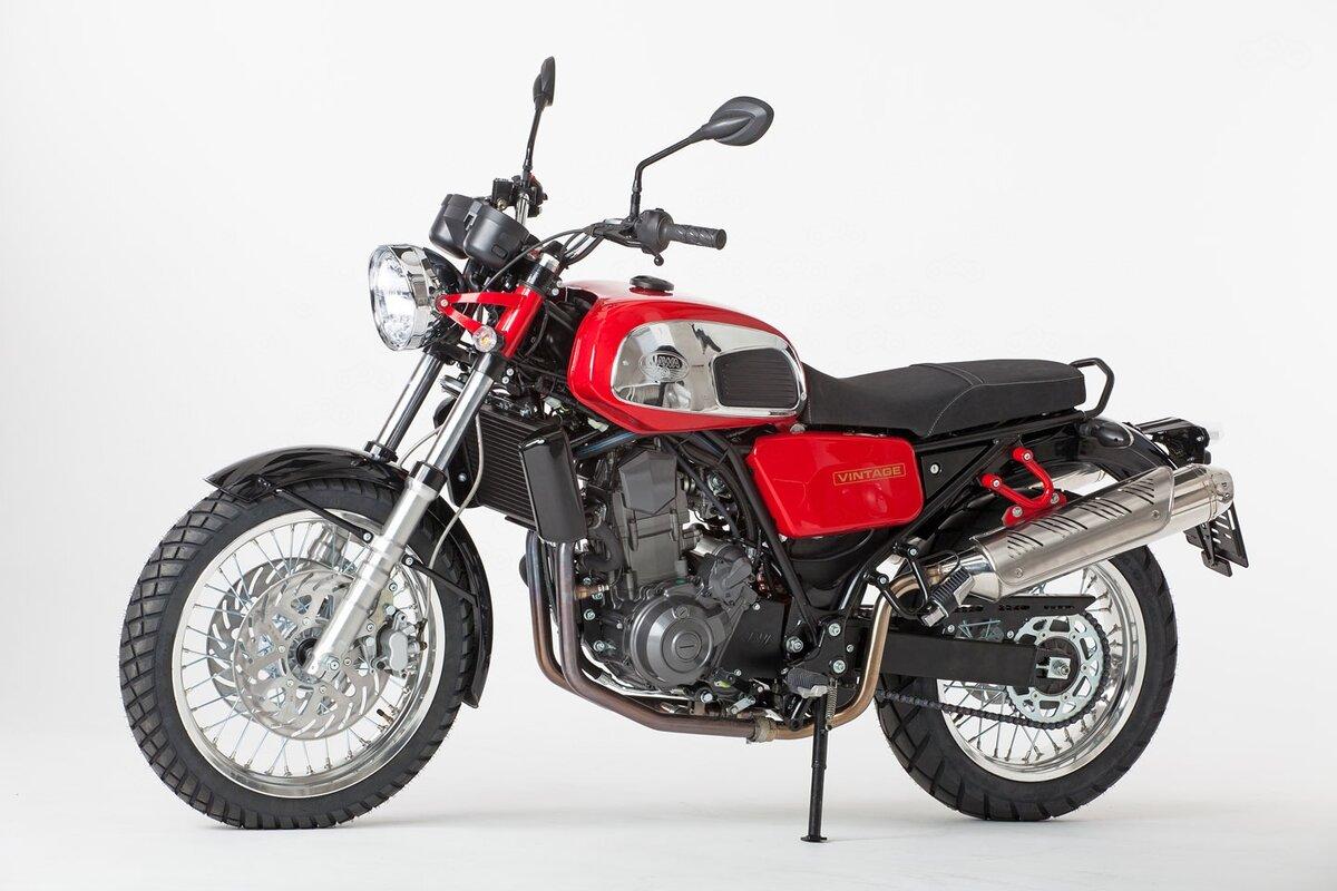 Jawa 660 Vintage придется конкурировать с такими монстрами как Moto