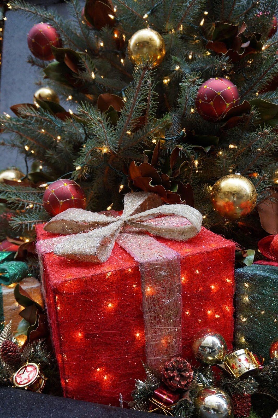 этой картинка рождественская подарки без