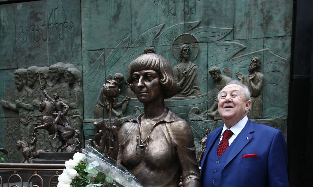 скульптуры церетели в волгограде с фото про неисправности недочеты