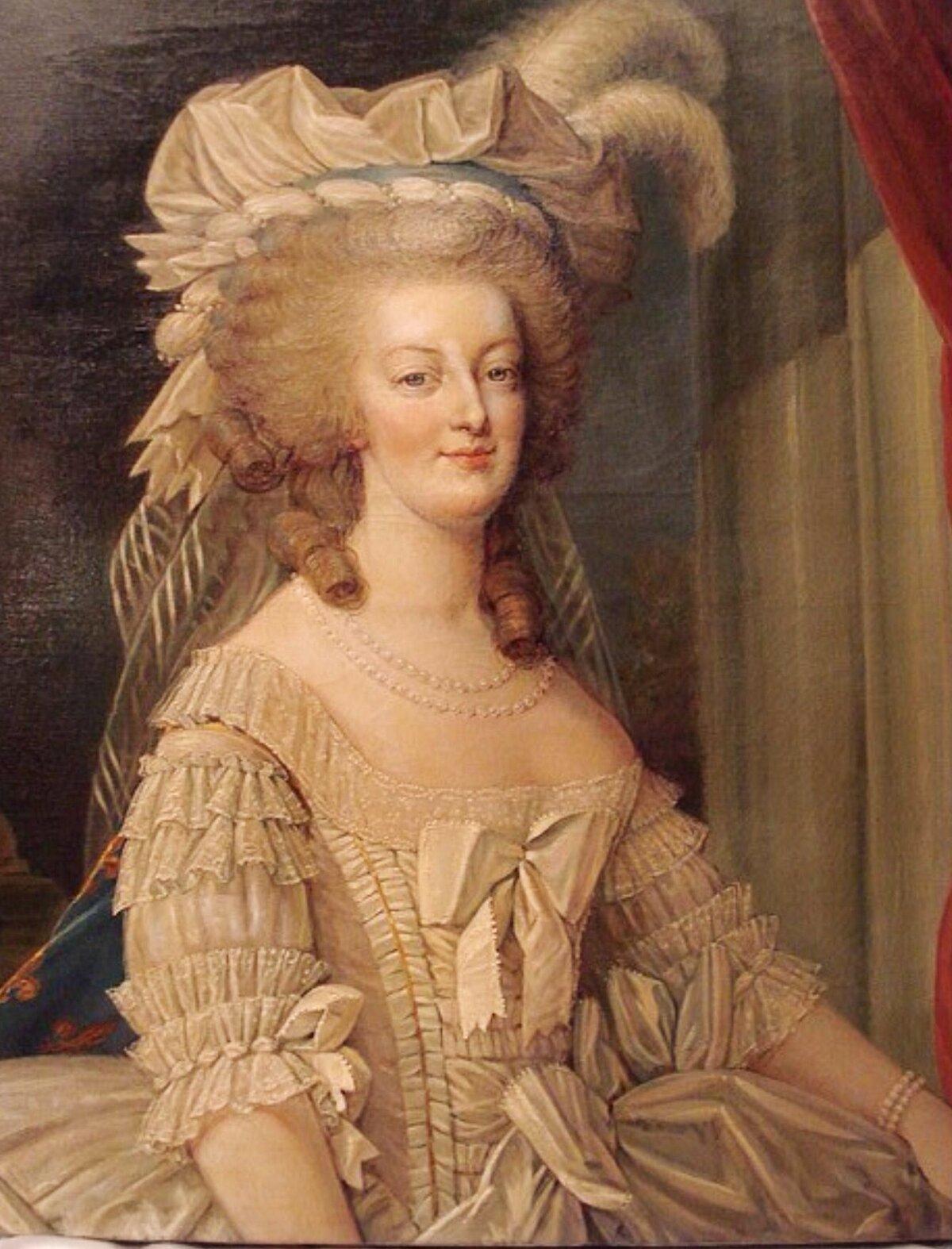 данные картинки французская королева атласные или бархатные