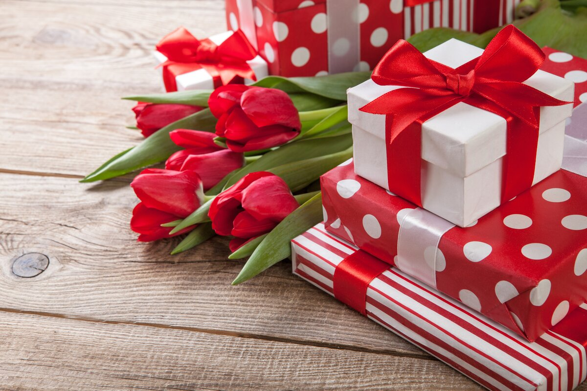 Подарки на день рождения открытки женщине