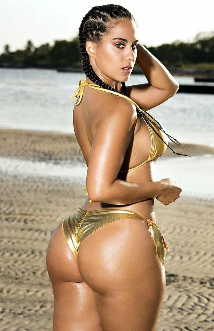 Porn nice booty latina naked gay