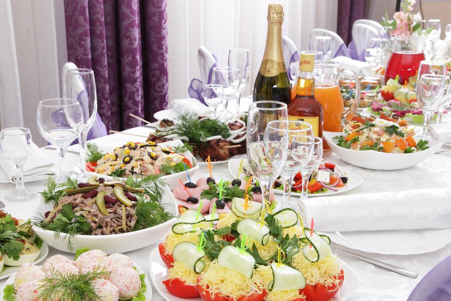 фото праздничных столов на день рождения дома тебя гости надейся