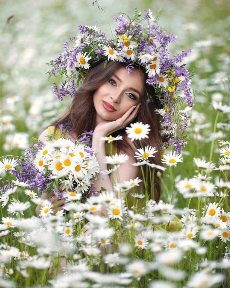 Красивые картинки девушка с ромашками