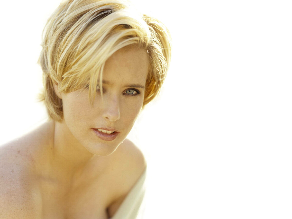 Tea leoni topless model, really tired after g spot orgasm